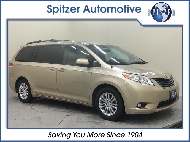 Pre-Owned 2011 Toyota Sienna XLE Mobility Auto Access